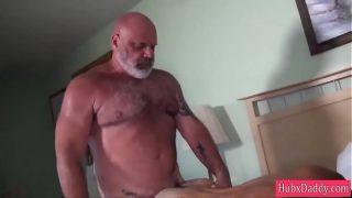 HubxDaddy White Beard Old Bear Fucking Fucking Cub